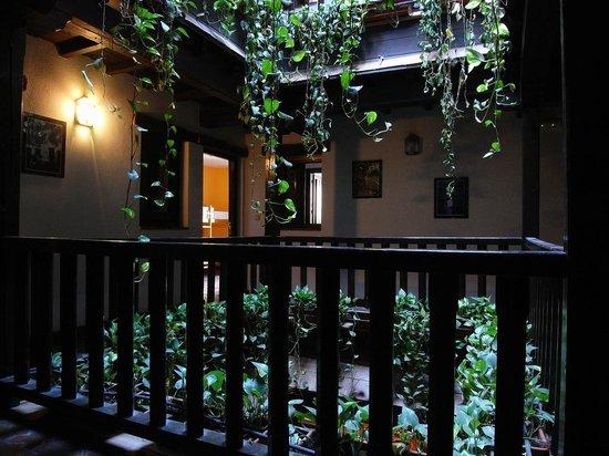 Oasis Backpackers' Hostel Granada: Corrala