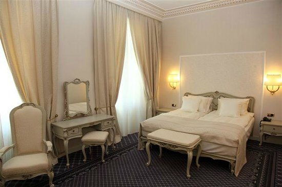 Grand Hotel Continental: Room