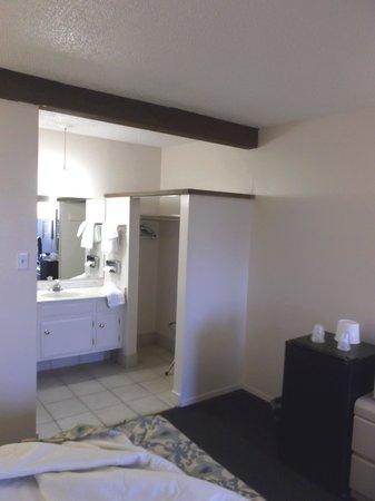 Friendship Inn Torch Lite Lodge : Our nice room 252