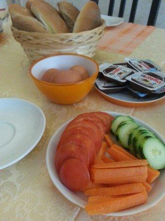 Kosher Bed & Breakfast La Casa di Eva: Colazione leggere ma buonissima..