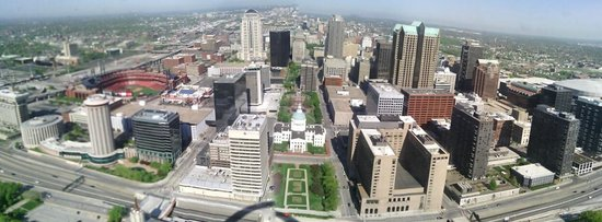 The Gateway Arch : St Louis from the Arch