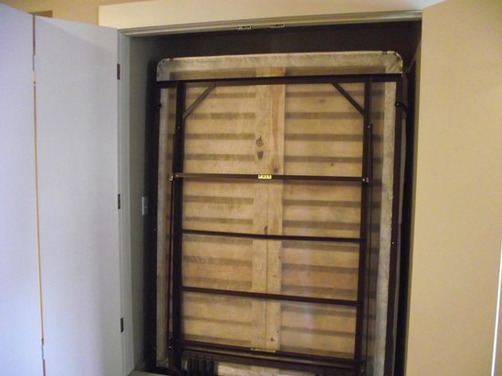 WorldMark Windsor : Murphy bed