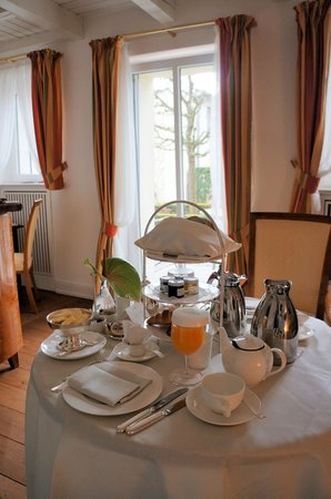 Hotel Louis C. Jacob: Breakfast room service
