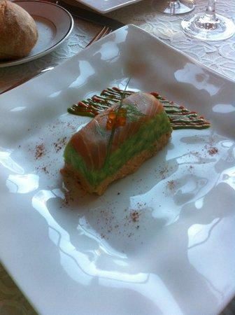 Hotel Restaurant du Commerce: Mariage subtil de l'avocat et du saumon