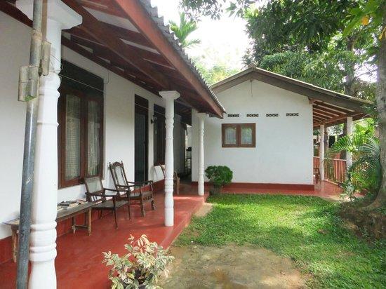 Beauty Mount Guest House : Outside