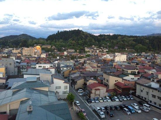Spa Hotel Alpina Hidatakayama: View of Takayama from the rooftop onsen