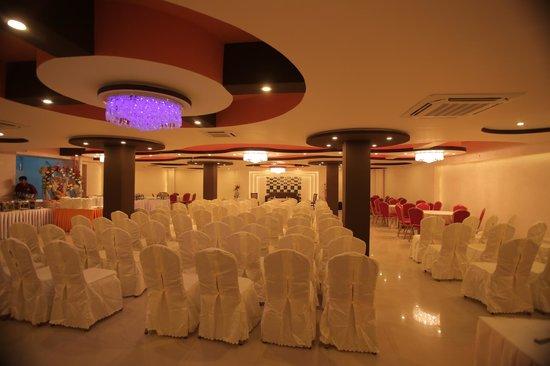 Mirage Lords Inn, Kathmandu: banquet hall