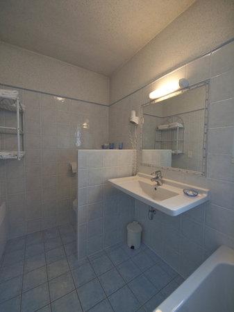 Hotel Les Oliviers : Salle de Bain