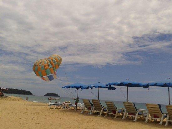 Karon Beach: Карон)))