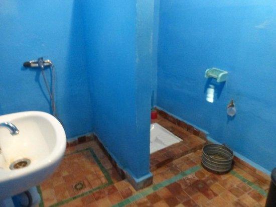A L'Ombre des Oliviers : il bagno