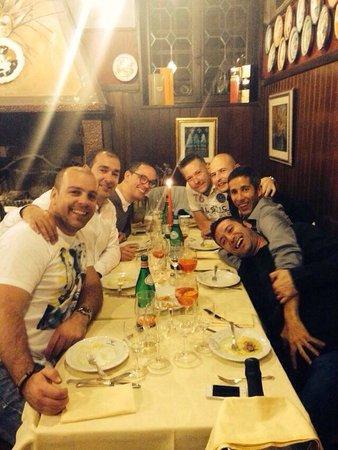 Antica Trattoria Poste Vecie : Serata con amici!!!!