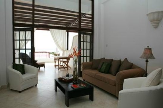 Silver Point Hotel: Two Bedroom Ocean Front Suite
