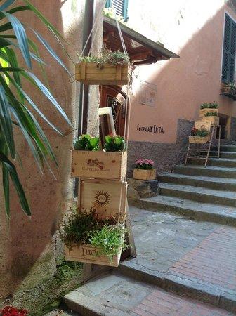 Hotel Villa Adriana : Уютные улочки Монтероссо.