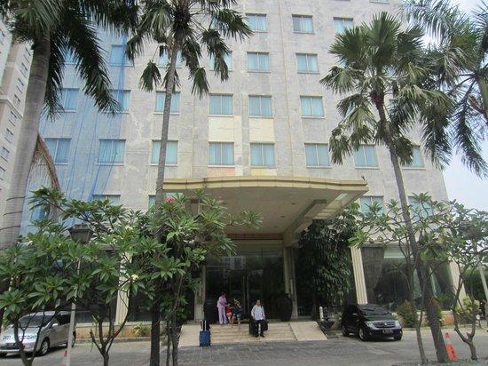 Banian Bulevar Hotel: Front