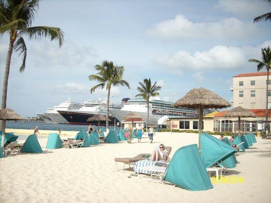 British Colonial Hilton Nassau: beach