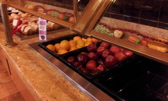 BEST WESTERN PLUS Park Place Inn - Mini Suites: brekky buffet