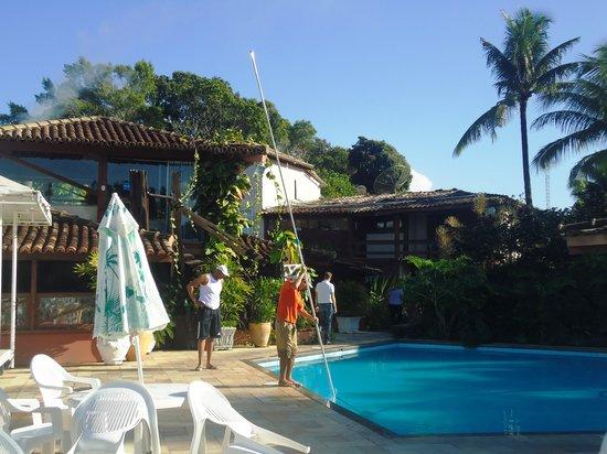 Hotel Solar do Imperador: Área da piscina - limpeza todos os dias