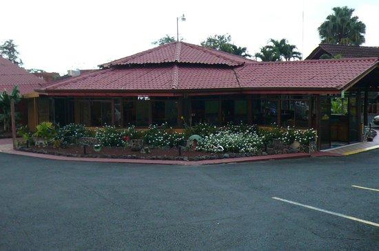 Hotel La Pradera : View of La Pradera from the street