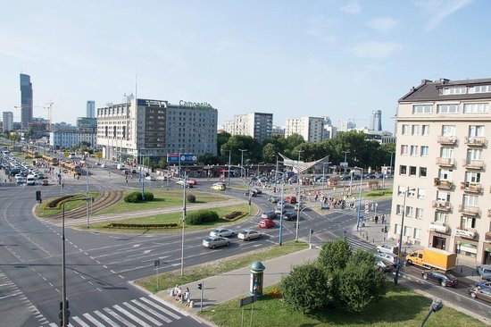 Radisson Blu Sobieski Hotel Warsaw: Daytime traffic, but nothing to worry about