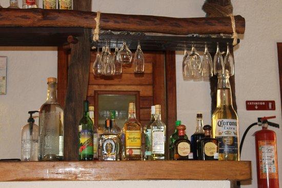 Xaloc Resort: El bar no cuenta ni con lo bàsico