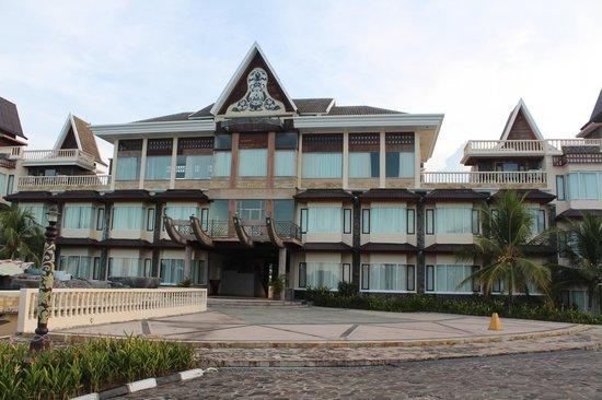 Sahid Bintan Beach Resort: View from ground
