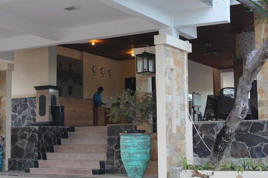 Sahid Bintan Beach Resort: Reception area