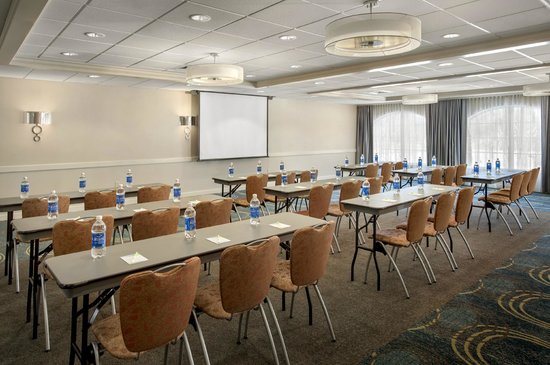 Fairfield Inn & Suites Lenox Great Barrington/Berkshires: Meeting room - classroom style