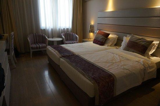 BUPT Hotel: standard room