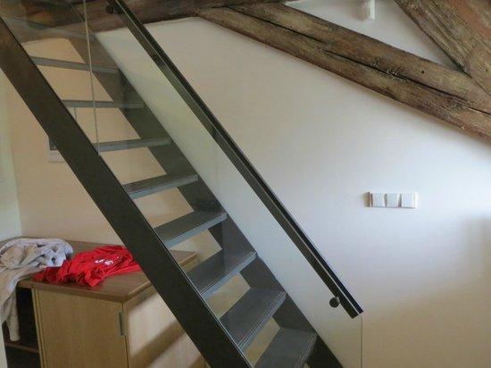 Hotel Monastery: Stairs