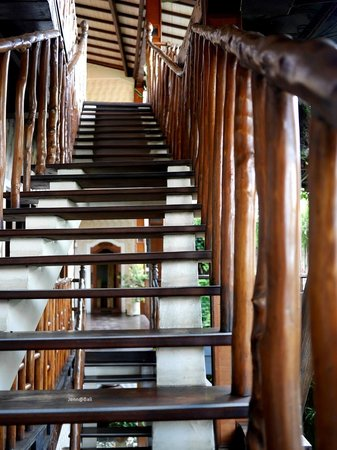 Junjungan Ubud Hotel and Spa: To the upper floor~