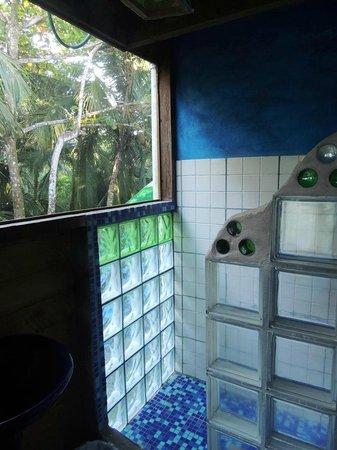 Tesoro Escondido: room 3 shower