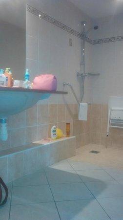 Belambra Clubs - Riviera Beach Club : salle de bain