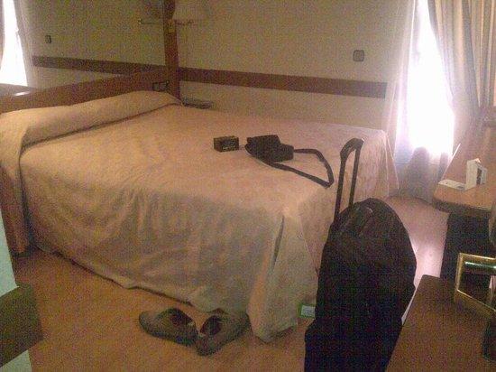 Los Arcos Hotel: Pedazo de suite por lo menos por lo menos 10 m2