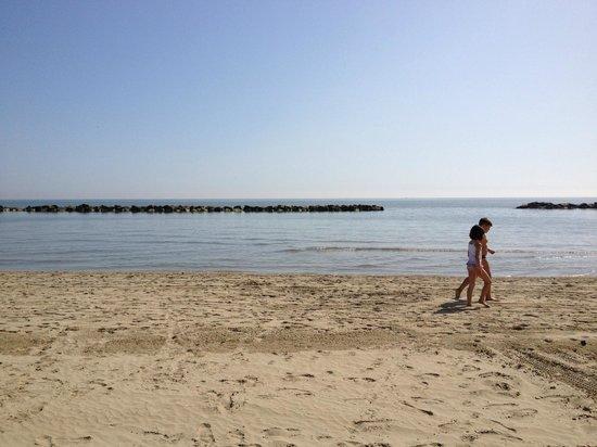 Korasol - Bagno 24: Spiaggia davanti al Bagno Korasol