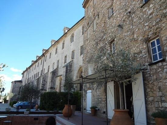 Hotel le Couvent Royal de Saint Maximin: エントランス
