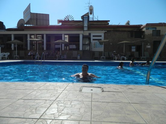 Windmills Hotel Apartments: in the pool