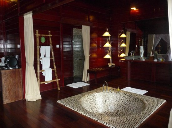 Kupu Kupu Barong Villas and Tree Spa: Salle de bain