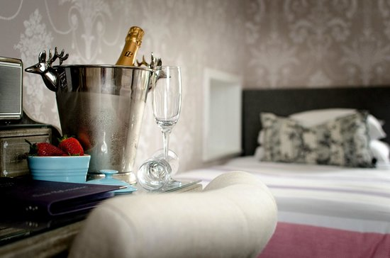 Kingsway Guest House: Book champagne on arrival