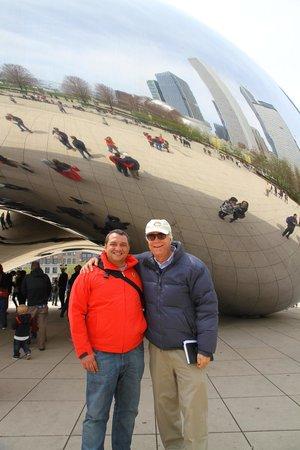 Chicago Greeter: Con Clive en la Judía de Millenium Park