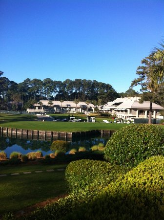 Inn & Club at Harbour Town - Sea Pines Resort: View from the resort of golf course