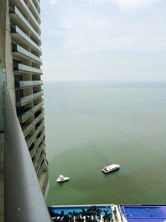 Trump Ocean Club International Hotel & Tower Panama: View from room balcony