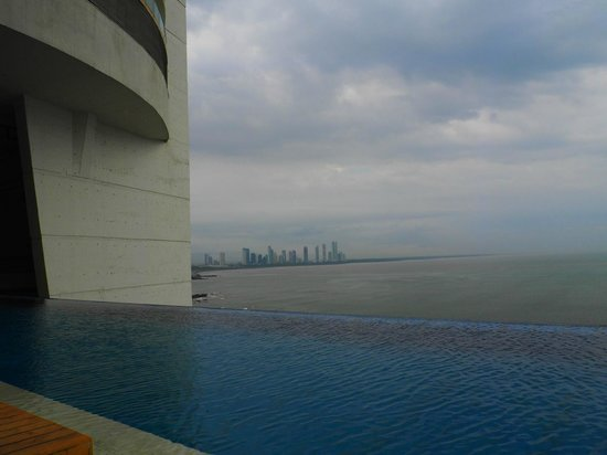 Trump International Hotel & Tower Panama: Pool
