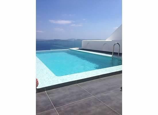 Filotera Suites: Perfect Pool