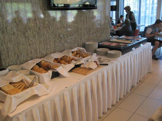 Expo Congress Hotel: Μπουφές πρωινού