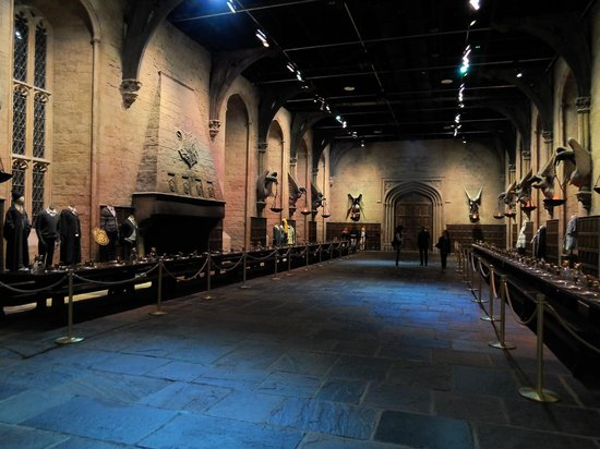 Warner Bros. Studio Tour London - The Making of Harry Potter: Impressive Dining Hall, Pic 2