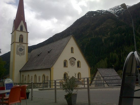 Hotel Silvretta: church