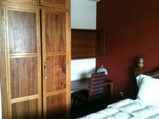 Kings Hotel: study