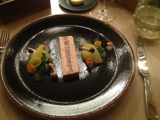 LouLou Restaurant: Foie Gras with Elderflower Jelly
