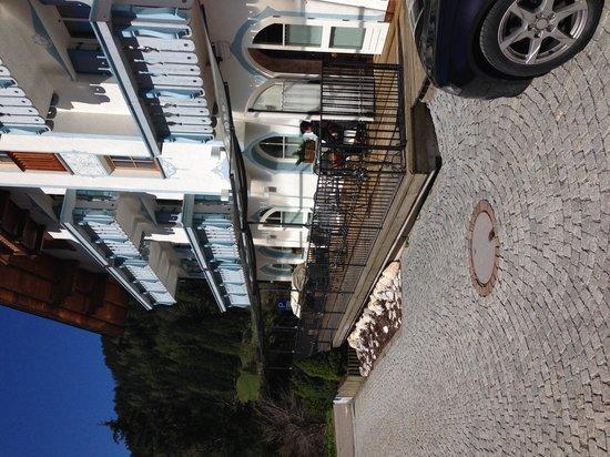 La Madonnina: esterno dell'hotel