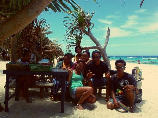 Yapak Beach (Puka Shell Beach): with chito gary , cris and ate vicky